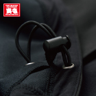裾ドローコードは脇ポケットから調整が可能